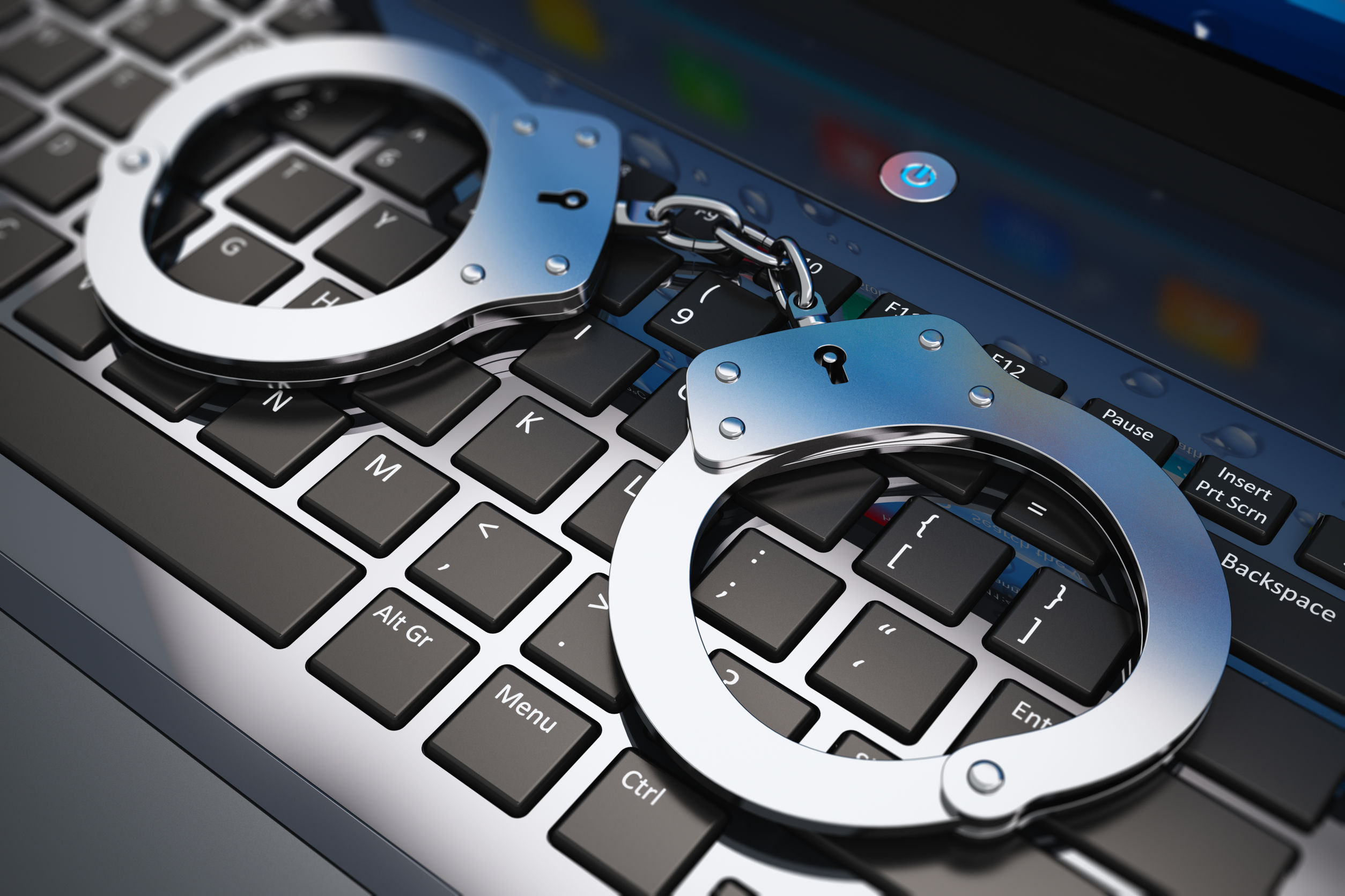 Avoiding Internet Crimes And Their Penalties